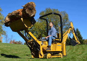 MAGNATRAC RS1000: Compact Crawler Tractor with Tracks