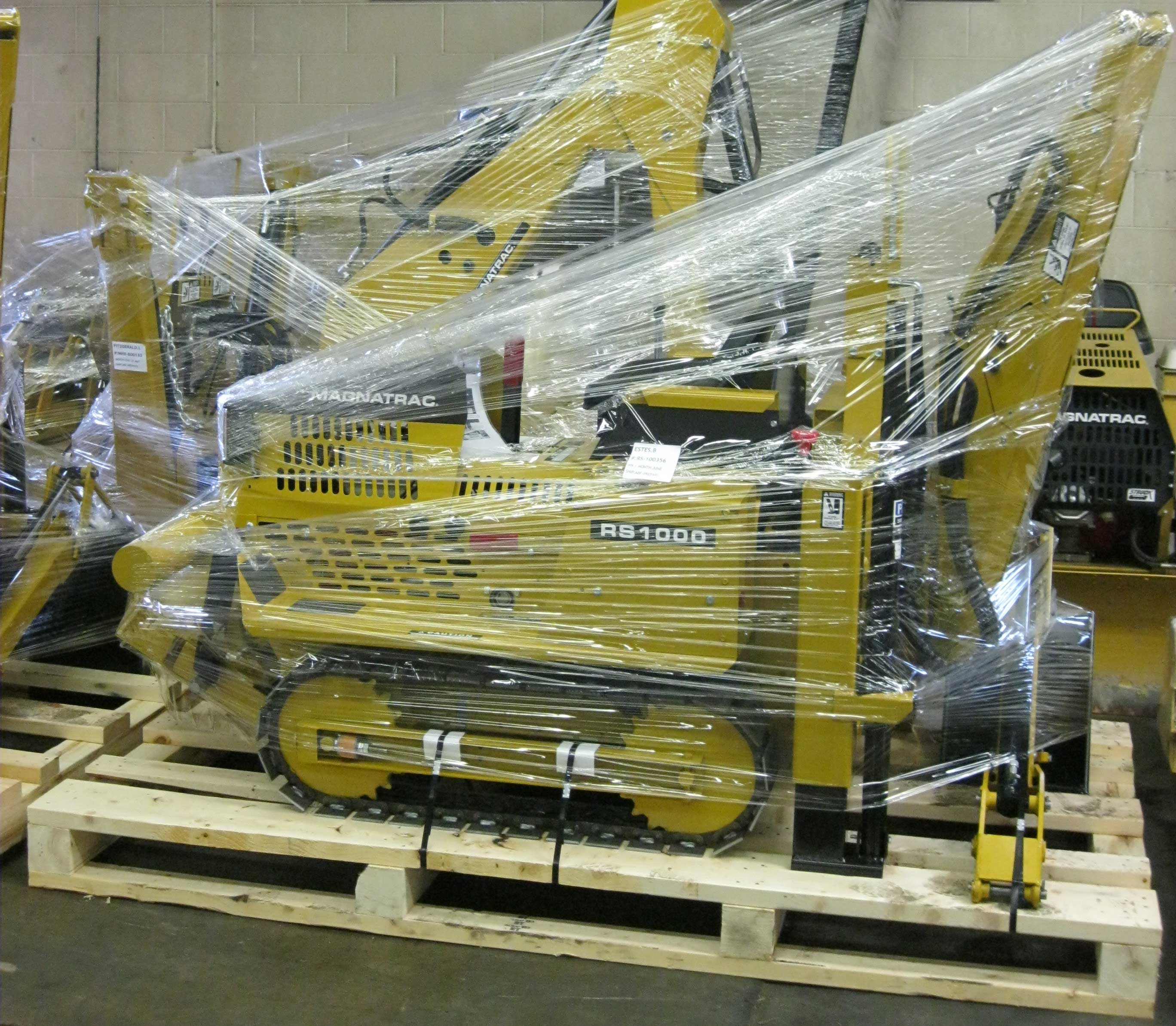 How Do You Ship a MAGNATRAC RS1000? - Struck Corp