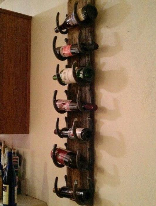 Horse Shoe Wine Rack
