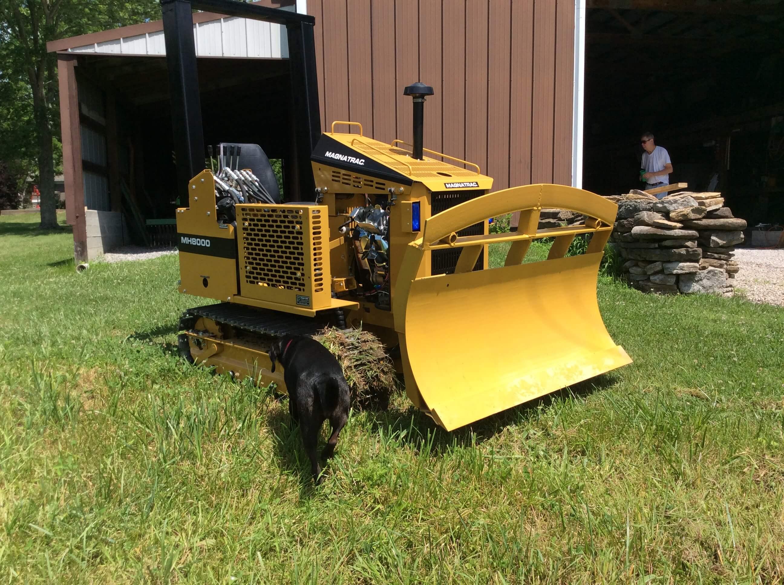 MAGNATRAC Owner Customizes His Small Bulldozer - Struck Corp