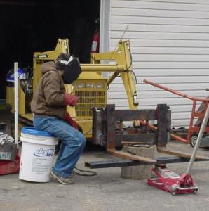 welding crawler tractor