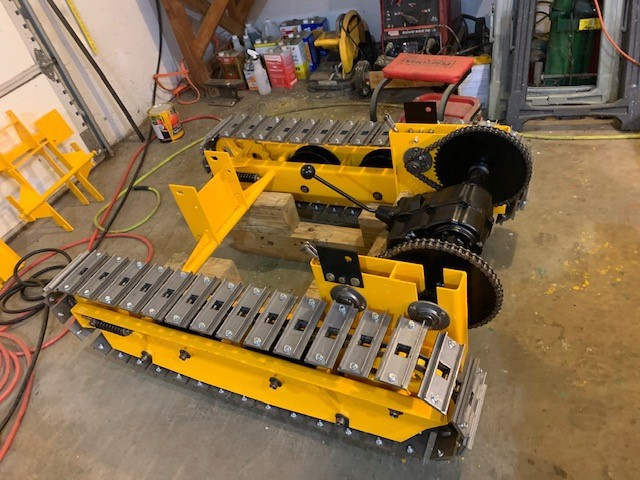Restoring Magnatrac Mini-Dozer: Fred Giving His MT1800 a Fresh Pristine Look