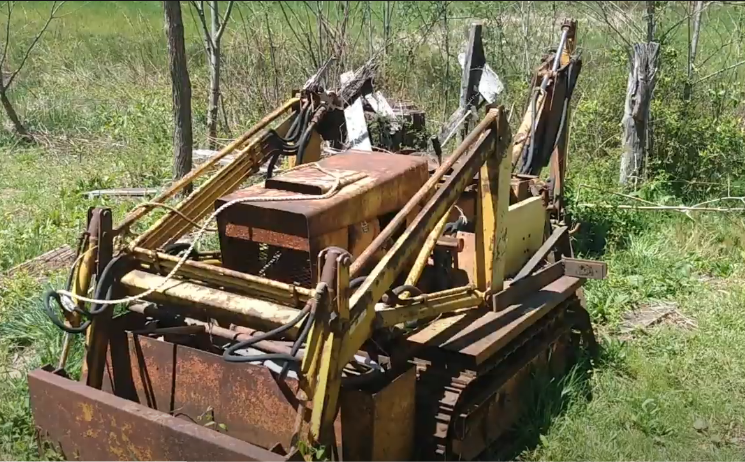 A Restoration Story of an Old, Rusty Classic Struck MAGNATRAC